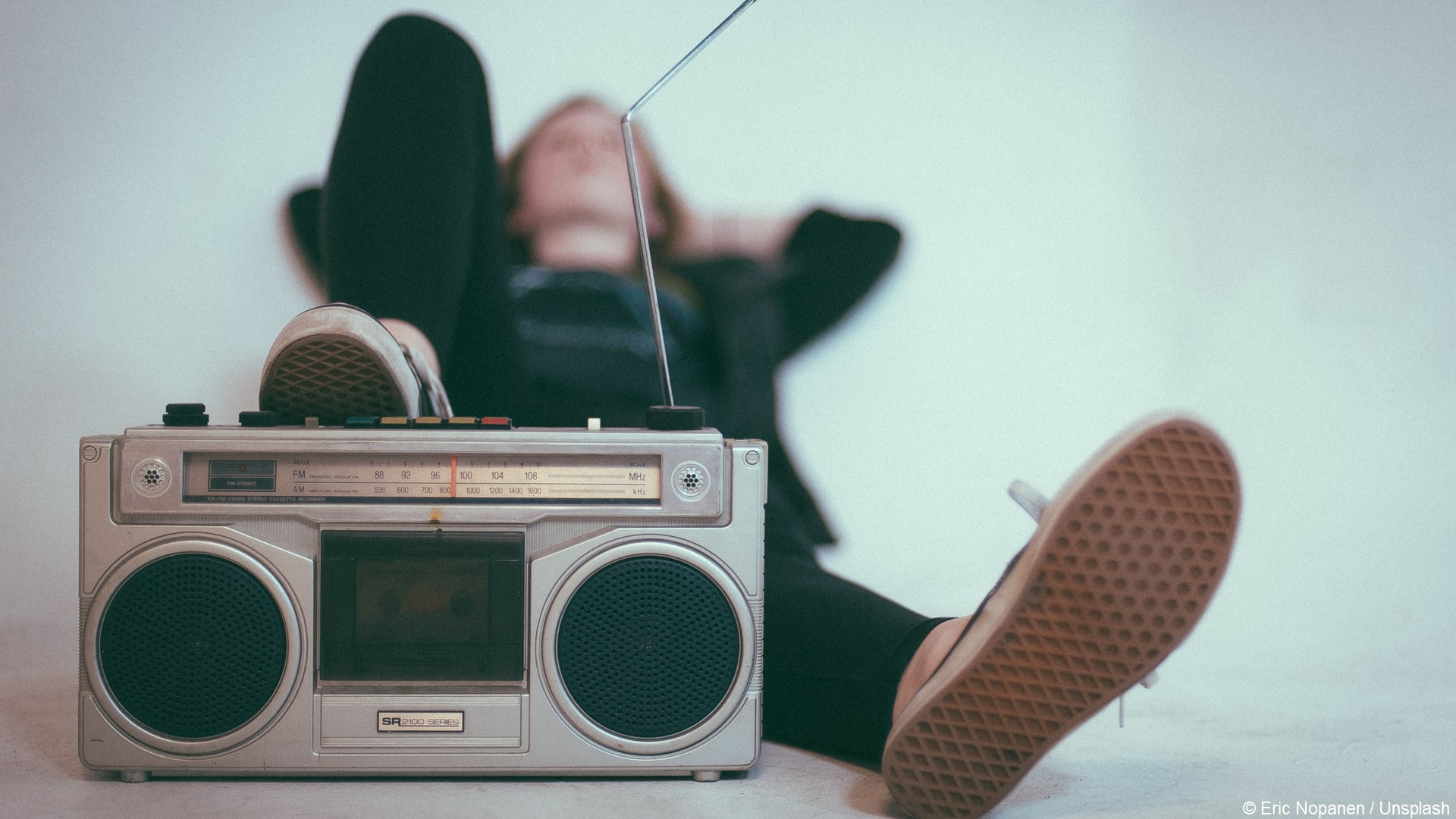 Radio (c) Eric Nopanen Unsplash