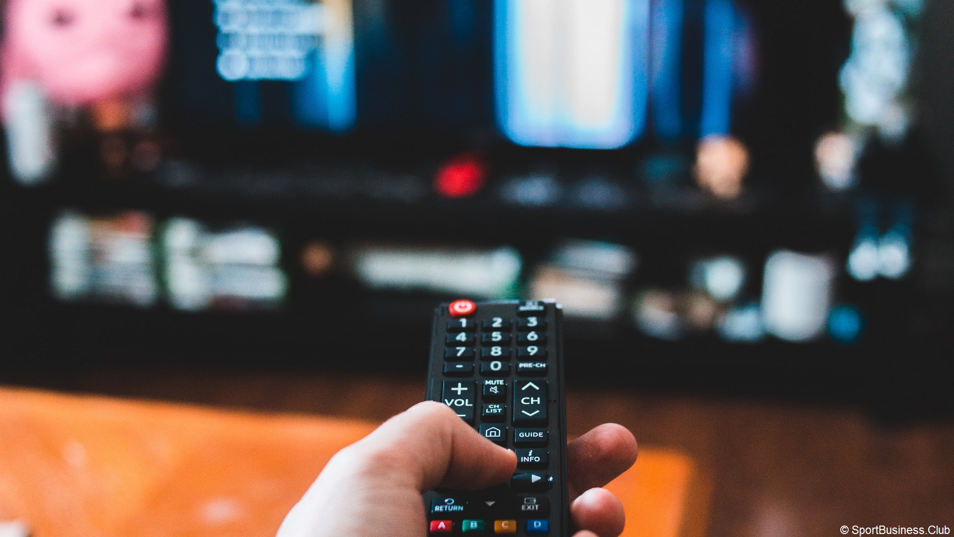 TV Télévision télécommande (c) Erik Mclean Unsplash