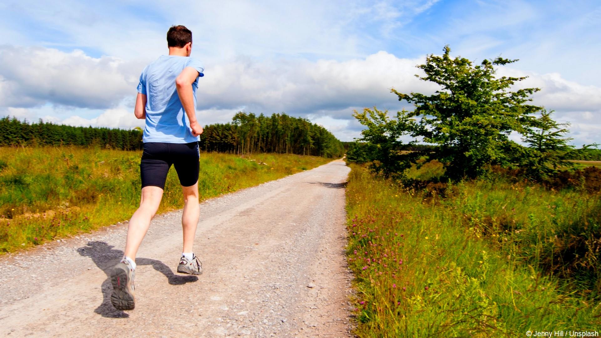 Running (1) Chemin (c) Jenny Hill Unsplash