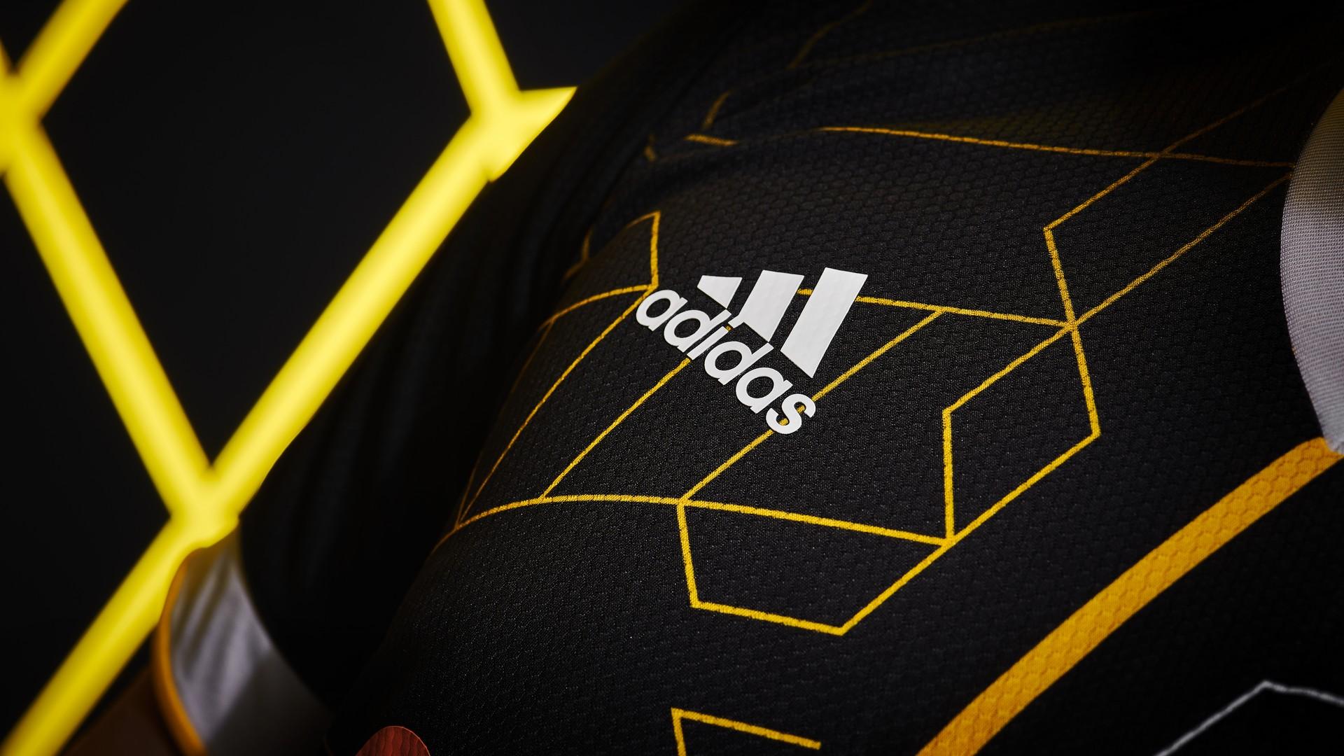 Team Vitality (3) Adidas