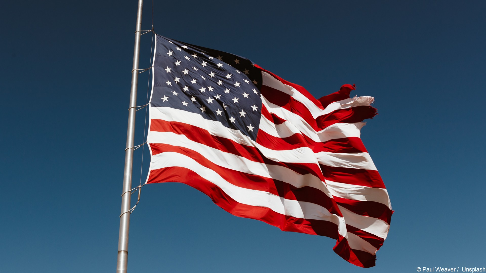 Drapeau – Etats-Unis (c) Paul Weaver Unsplash