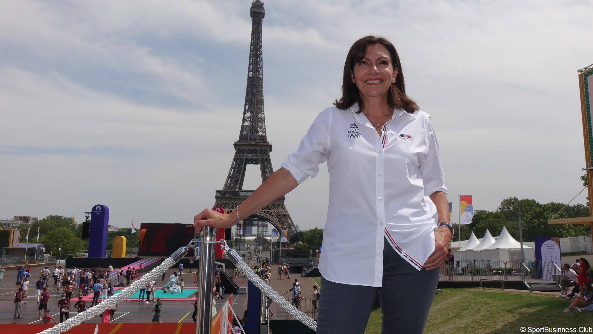Hidalgo Anne (2) – Tour Eiffel (juillet 2021)