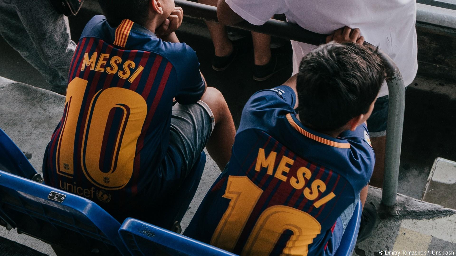 Lionel Messi ( Maillots (c) Unsplash