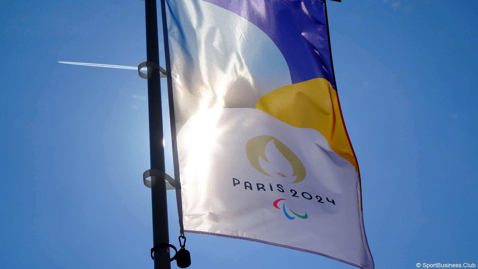 Paris 2024 (7) Paralympiques drapeau